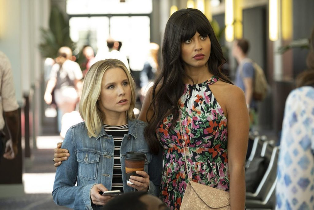 Eleanor Shellstrop (Kristen Bell) with Tahani Al-Jamil (Jameela Jamil) on The Good Place