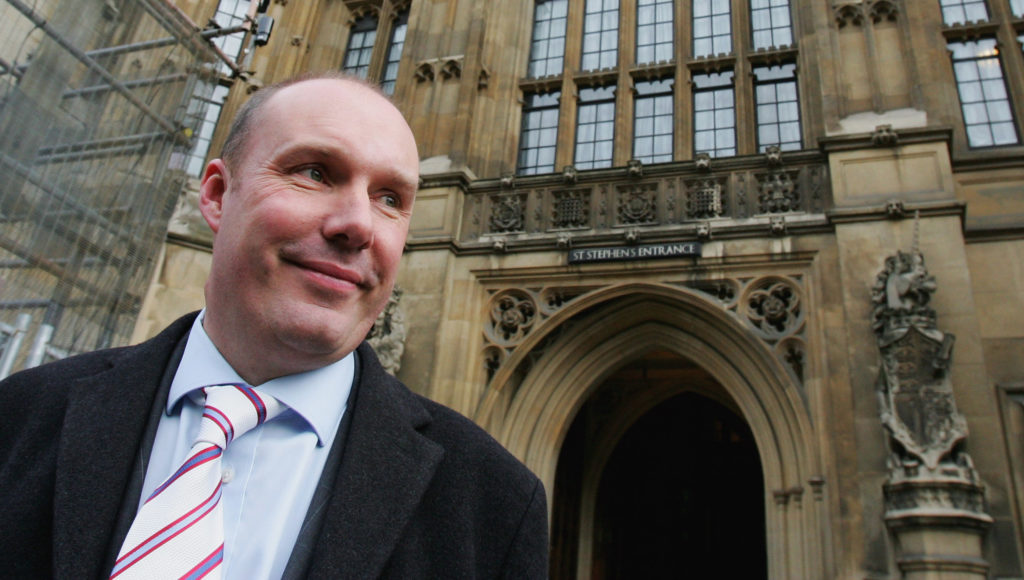 Britain's Liberal Democrat Home Affairs spokesman Mark Oaten arrives at the Houses of Parliament on January 9, 2006 in London, England.