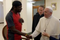 Gay comedian Stephen K Amos meets Pope Francis (BBC)