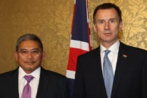 Brunei foreign minister tells Jeremy Hunt gay executions are 'unlikely'