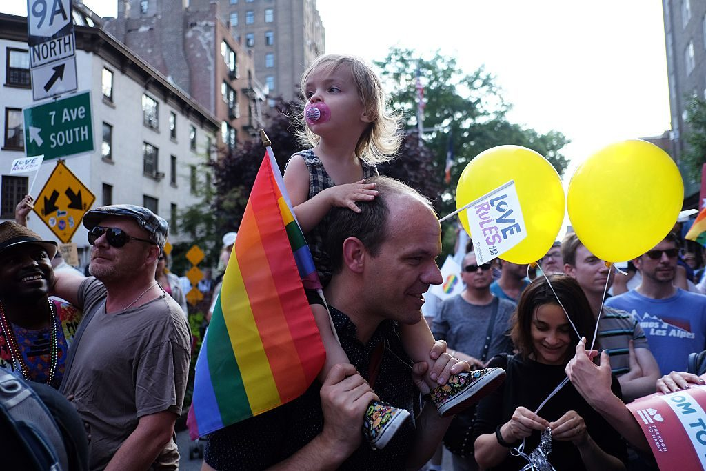 Gay dads make great parents says study