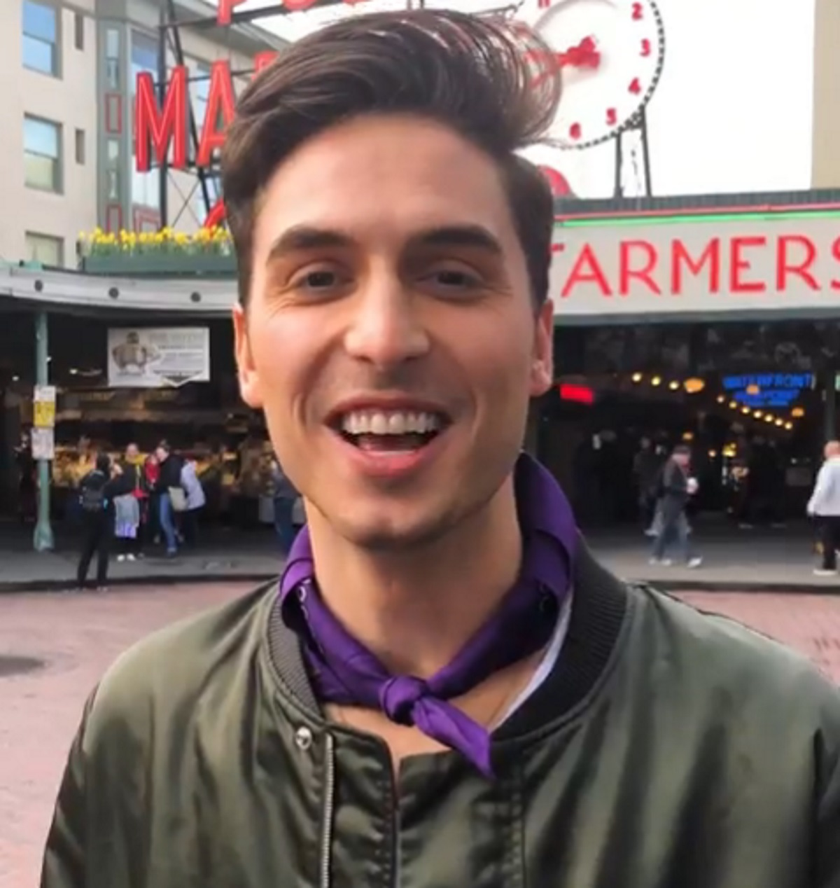 Actor and comedian Benito Skinner performs an impression of Queer Eye star Antoni Porowski.