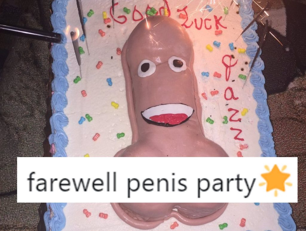 The penis cake made for transgender activist Jazz Jennings, with a tweet overlaid