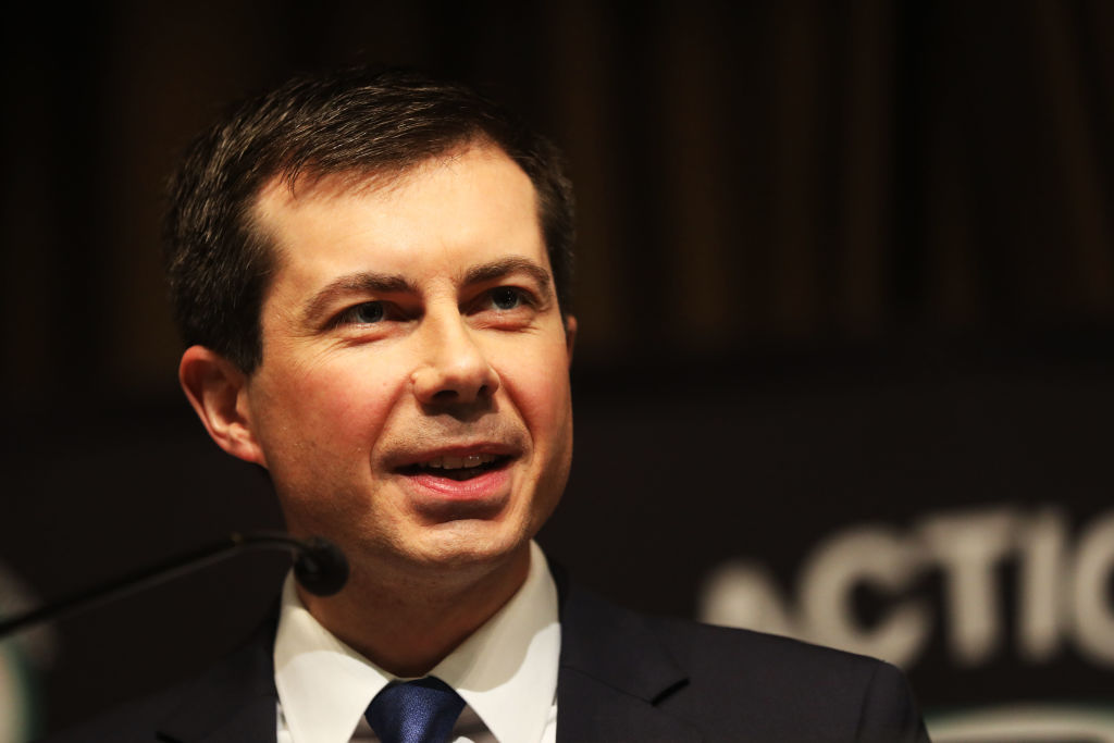 Gay presidential hopeful Pete Buttigieg apologises for saying 'all lives matter'