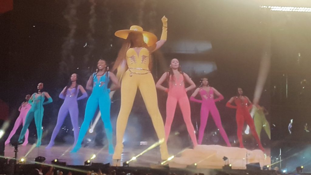 """Beyonce performs as a human Pride flag for her song """"Formation"""""""