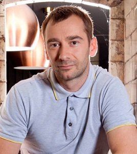 Gay actor Charlie Condou to leave Coronation Street in