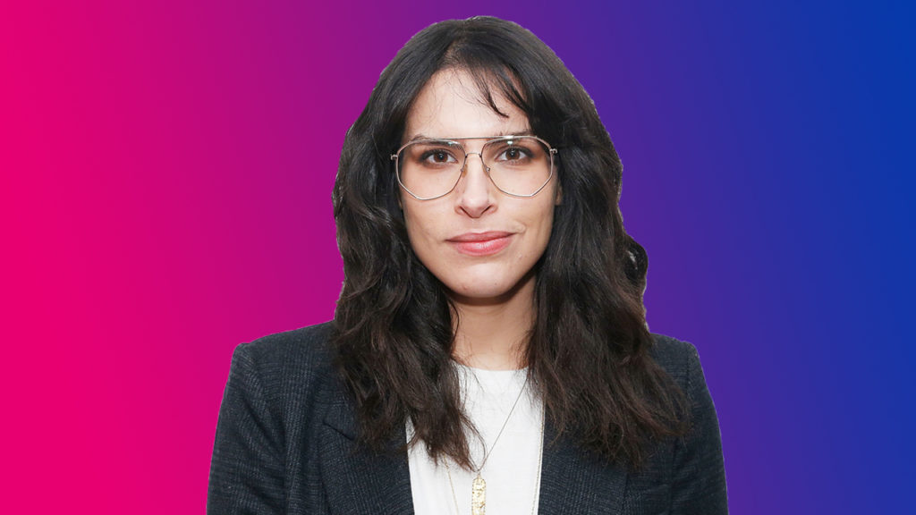 Desiree Akhavan busts stereotypes about bisexuality (PinkNews)