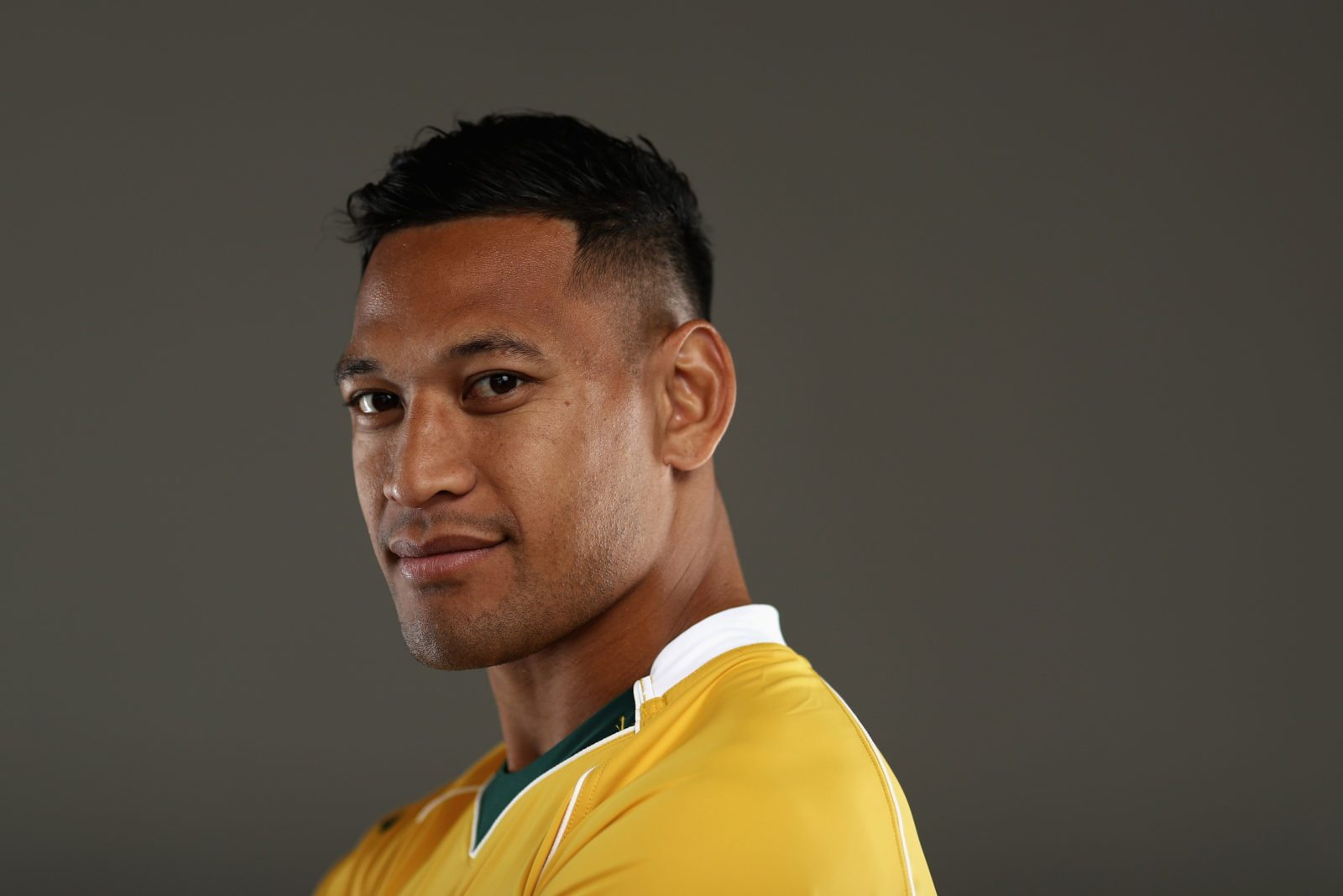 Israel Folau faces discrimination complaint after blaming gays for bushfires