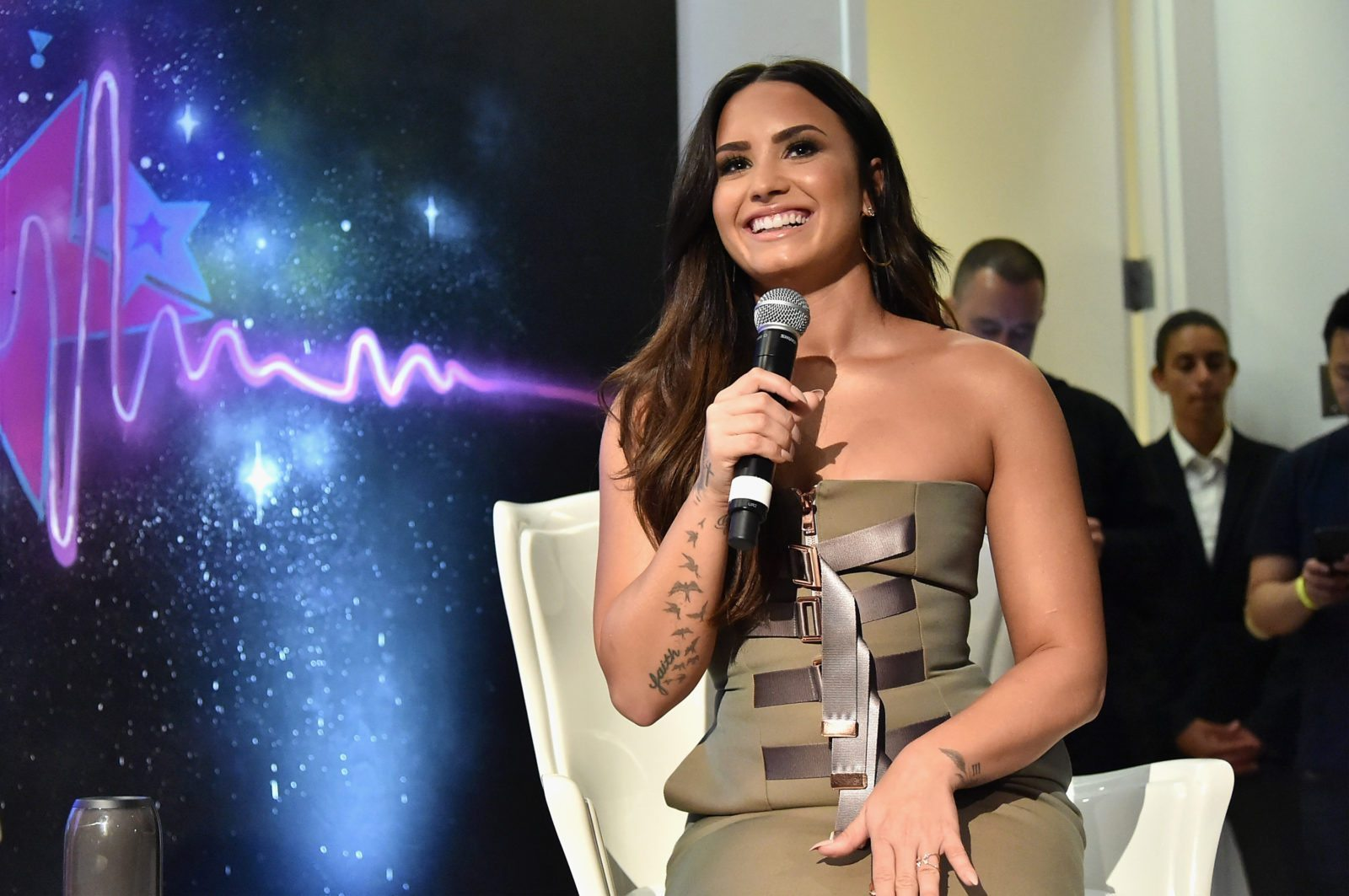 NEW YORK, NY - SEPTEMBER 28: Demi Lovato answered questions during the DEMI x JBL Tell Me You Love Me Pop Up event, celebrating her new album and partnership with JBL. The album listening party was held on September 28, 2017 at the Highline Gallery in New York City. (Photo by Mike Coppola/Getty Images for JBL)