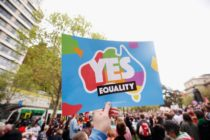 MELBOURNE, AUSTRALIA - OCTOBER 01: Thousands of people gather in support of same sex mariage on October 1, 2017 in Melbourne, Australia. Australians are currently taking part in the Marriage Law Postal Survey, which is asking whether the law should be changed to allow same-sex marriage. The outcome of the survey is expected to be announced on 15 November. (Photo by Darrian Traynor/Getty Images)