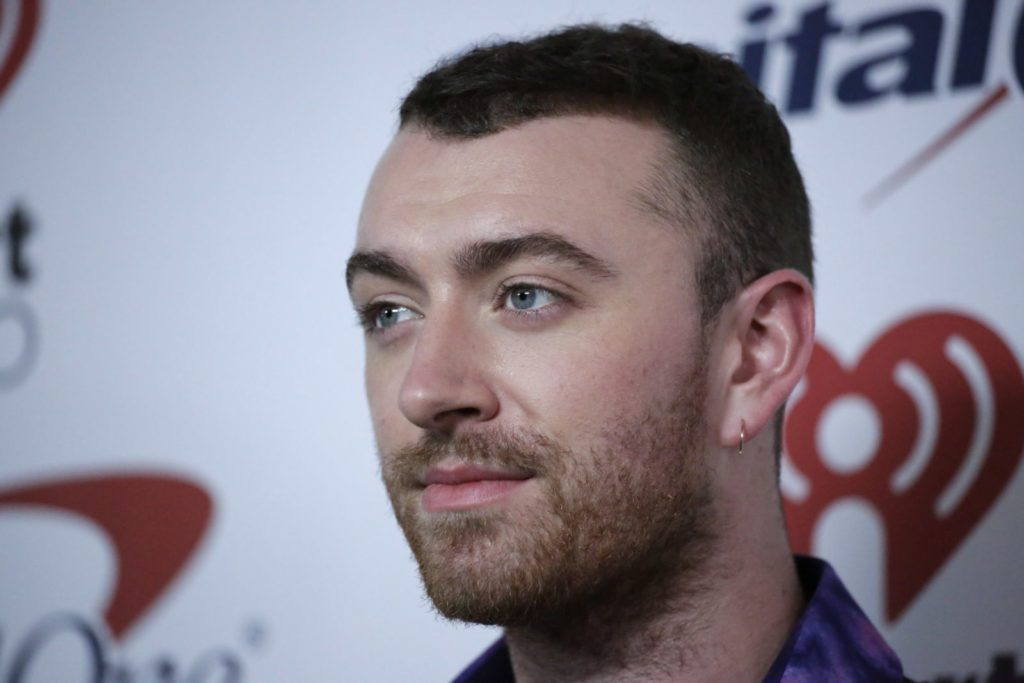 Sam Smith attends the Z100's iHeartRadio Jingle Ball 2017 at Madison Square gardens on December 8, 2017, in New York. / AFP PHOTO / KENA BETANCUR (Photo credit should read KENA BETANCUR/AFP/Getty Images)