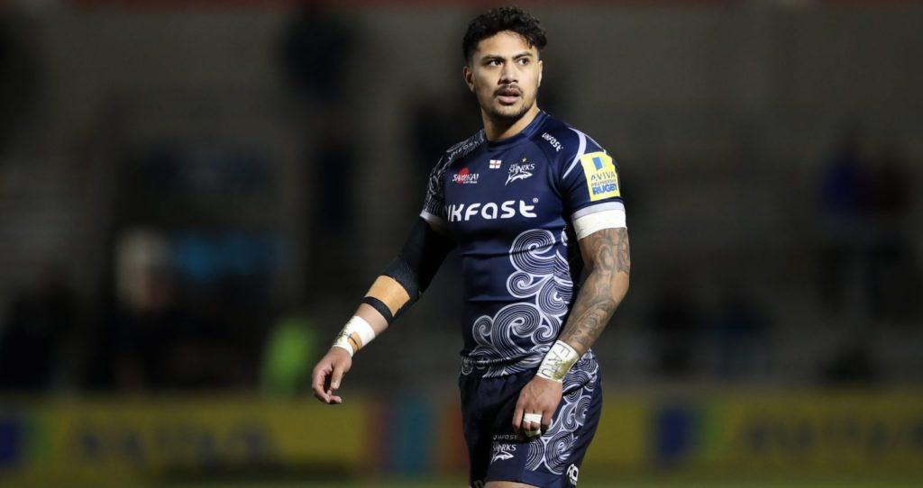 SALFORD, ENGLAND - FEBRUARY 16: Denny Solomona of Sale Sharks during the Aviva Premiership match between Sale Sharks and Saracens at AJ Bell Stadium on February 16, 2018 in Salford, England. (Photo by Lynne Cameron/Getty Images)