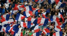 NICE, FRANCE - JUNE 01: French fans during the International Friendly match between France and Italy at Allianz Riviera Stadium on June 1, 2018 in Nice, France. (Photo by Claudio Villa/Getty Images)