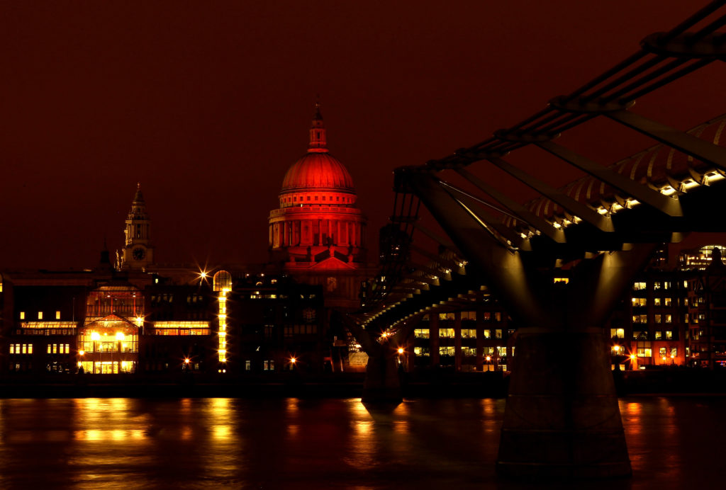 HIV prevention: London's St Paul's Cathederal lights up red on World AIDS Day