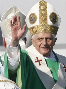 Benedictus: Day by Day with Pope Benedict XVI - Google Books