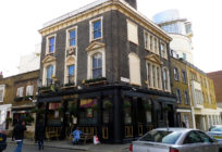 The Queen's Head has been open in Chelsea since the mid-twentieth century. Image: The Queen's Head