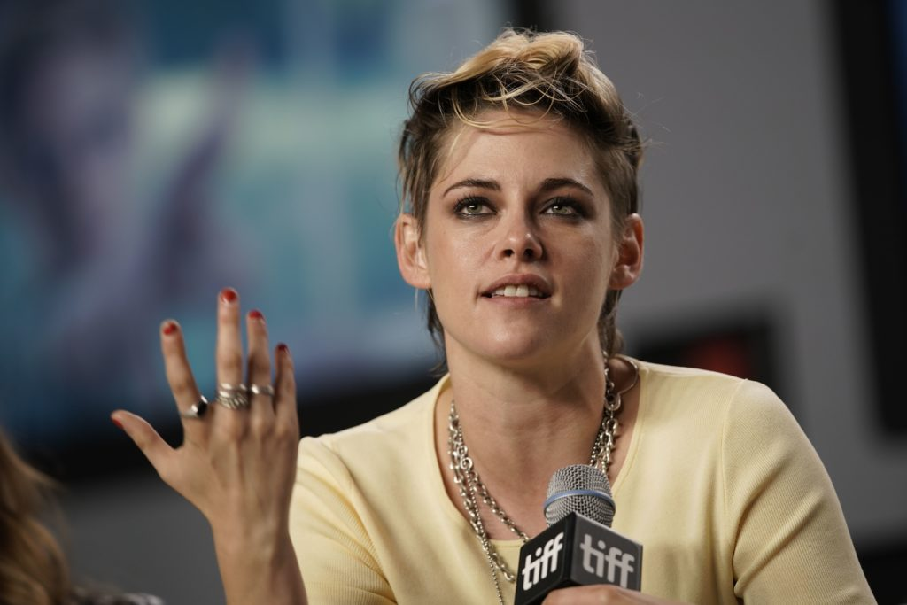 Kristen Stewart Really Wants to Play a Gay Superhero
