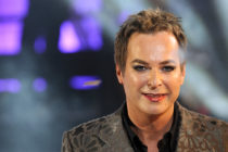 Gay comedian Julian Clary. (Ben Pruchnie/Getty Images)