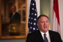 Mike Pompeo in front of a US flag