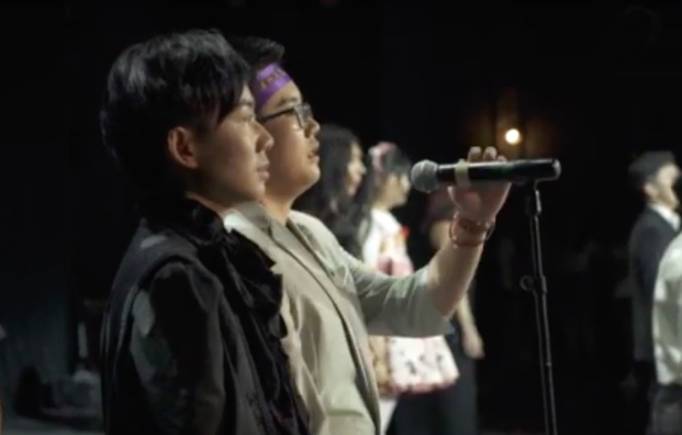 The Chinese transgender choir who're singing for acceptance