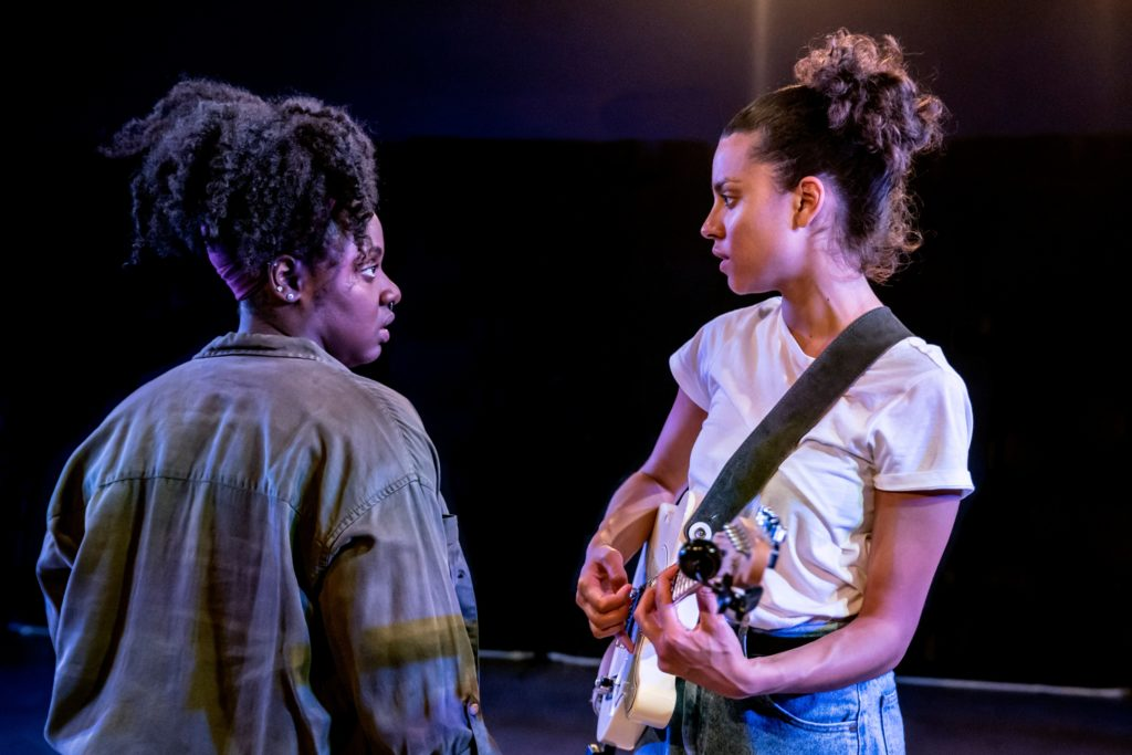 Shiloh Coke as Beth and Anoushka Lucas as Opal in Chiaroscuro at Bush Theatre