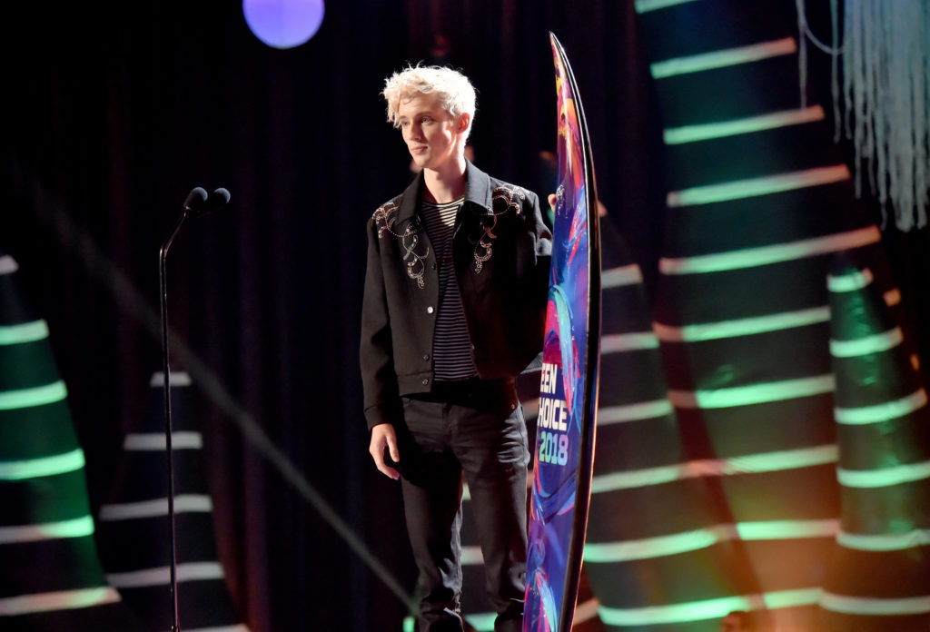 Troye Sivan is, by certain standards, the apex of Twink-hood and potentially this Grindr guy's dream 'friend'. (Kevin Mazur/Fox/Getty Images for FOX)