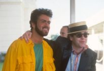 George Michael (L) and Elton John at Live Aid on July 13, 1985 in London, United Kingdom. (FG/Bauer-Griffin/Getty Images) 170612F1