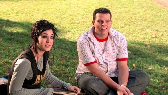 Lizzy Caplan (L) and Daniel Franzese in Mean Girls. (Mean Girls/IMDb)
