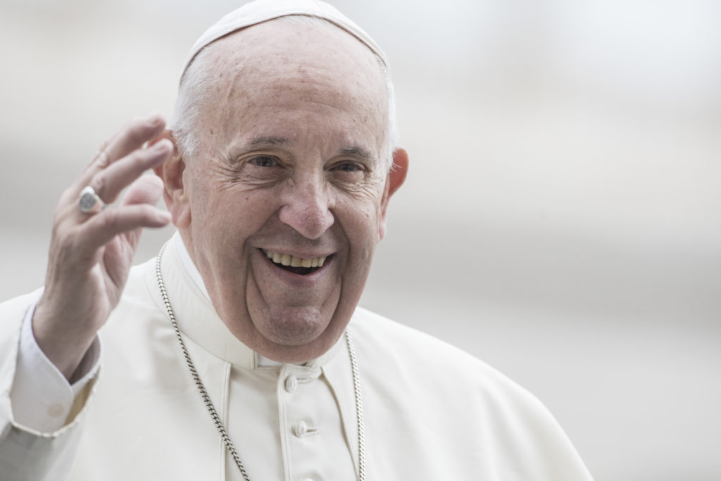 Pope compares politicians who rage against gays to Hitler