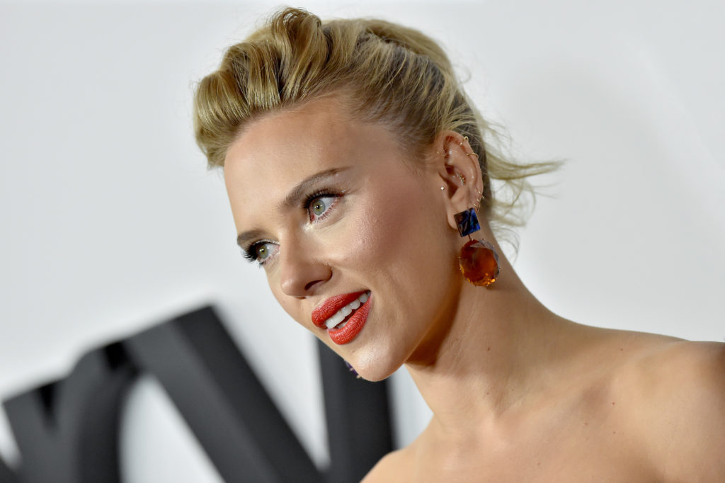 ScarJo Apologizes for Handling of Rub & Tug, Doubles Down on Woody Allen