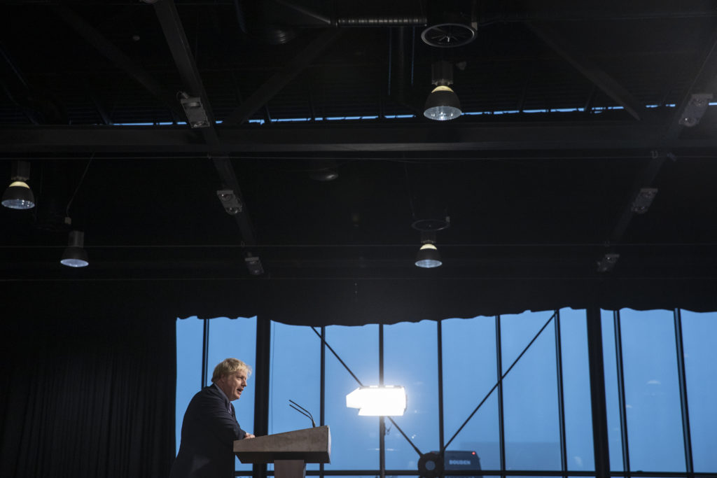 Boris Johnson delivers a speech at the launch of his party's manifesto. Dan Kitwood/Getty Images)