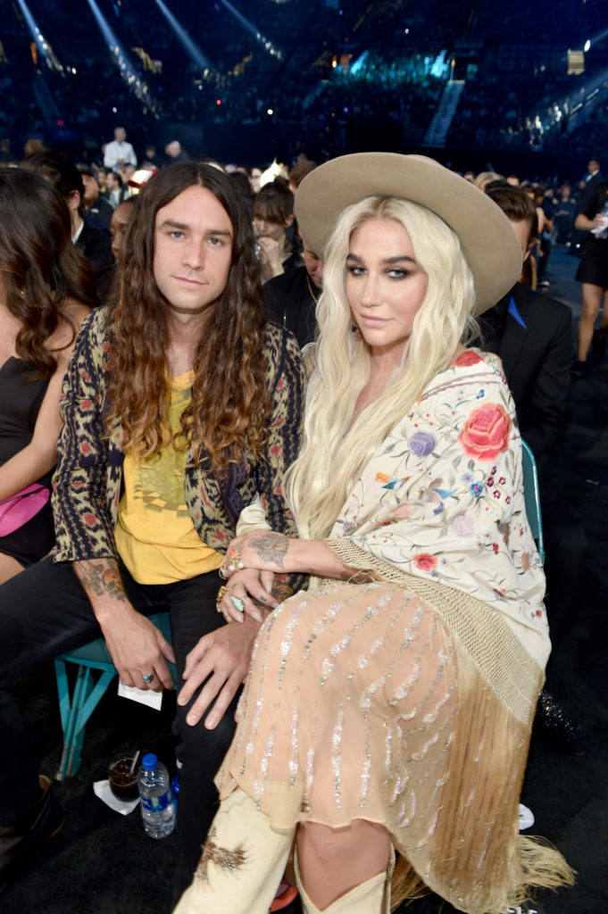 Kesha opens up on bisexuality and her open relationship with her boyfriend