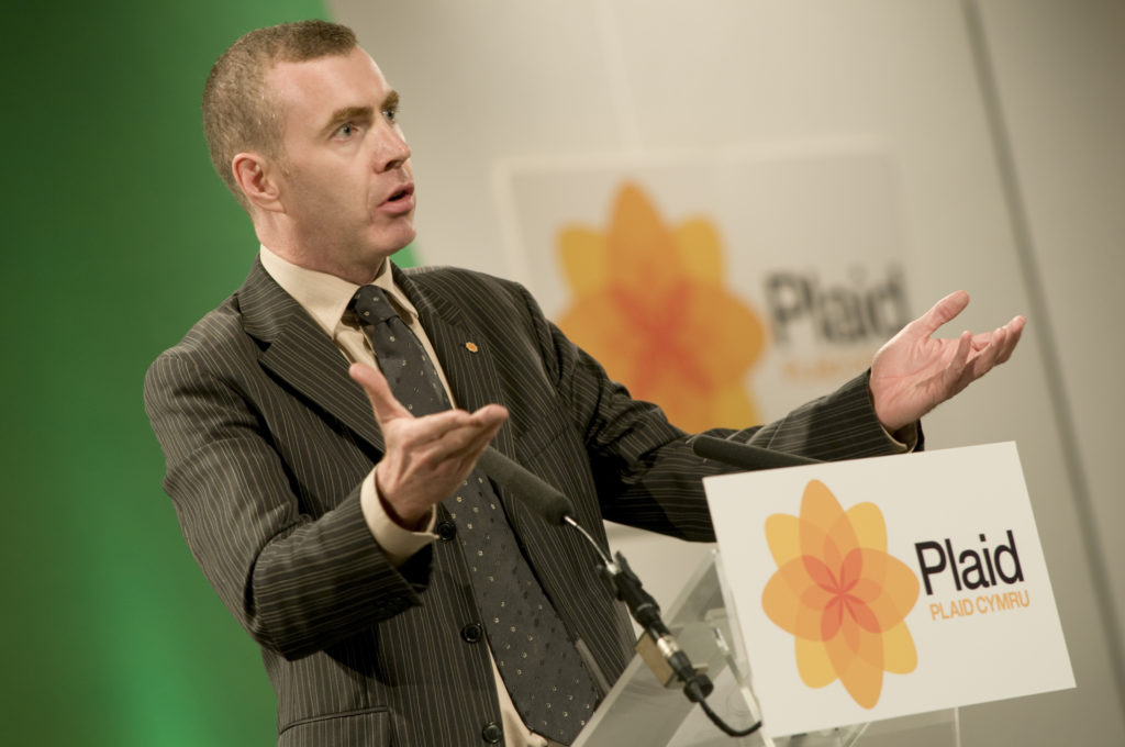 Adam Price MP addressing the party conference in Aberystwyth, september 12 2008. (Photofusion/Universal Images Group via Getty Images)
