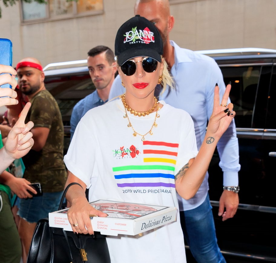 Lady Gaga carrying a pizza box on June 28, 2019 in New York City.