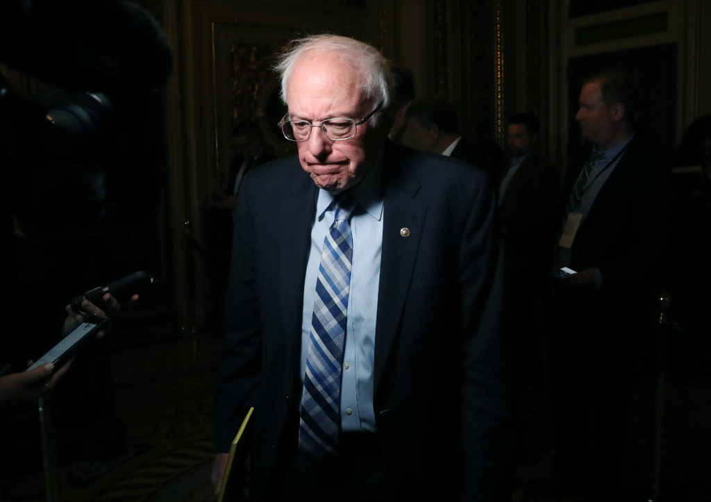 Bernie Sanders takes lead in the poles at gay bar that Pete Buttigieg pulled out from