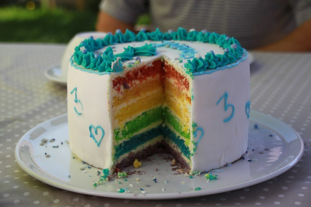 Teen expelled from Christian school after rainbow shirt, cake photo