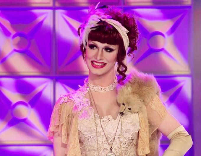 Jinkx Monsoon on the Drag Race mainstage