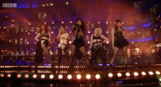 This Pussycat Dolls performance is so awkward it's hard to look away