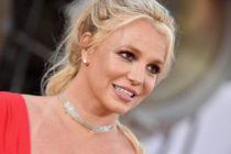 conservatorship Britney Spears honours frontline healthcare workers during coronavirus