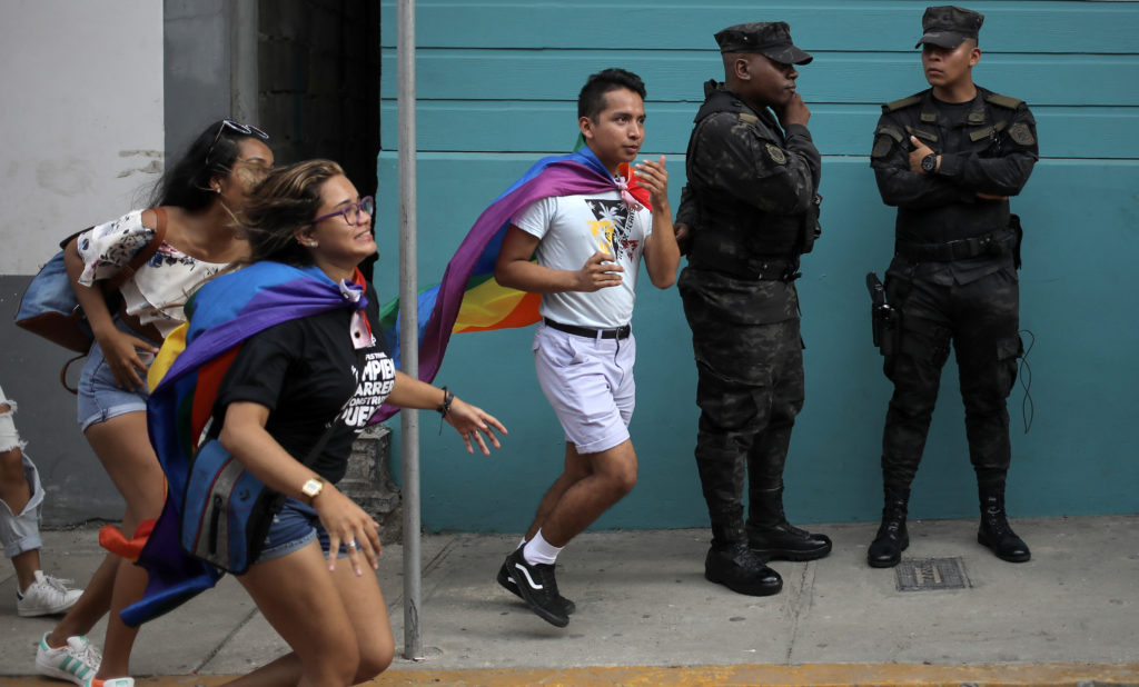 Panama: Trans community alarmed by gendered coronavirus restrictions