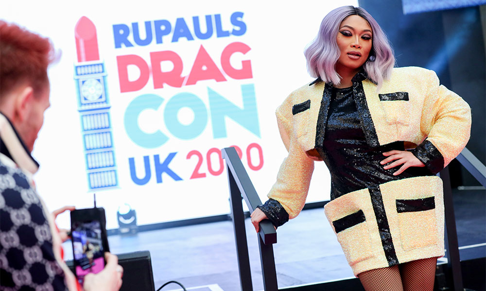 Jujubee at DragCon UK.