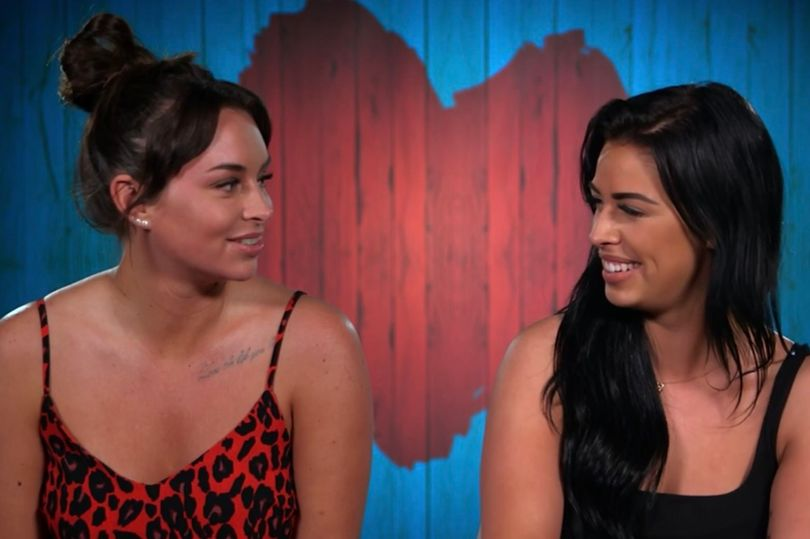 Rachael (L) and Georgia bumped into one another on First Dates Hotel. (Screen capture via Channel 4)