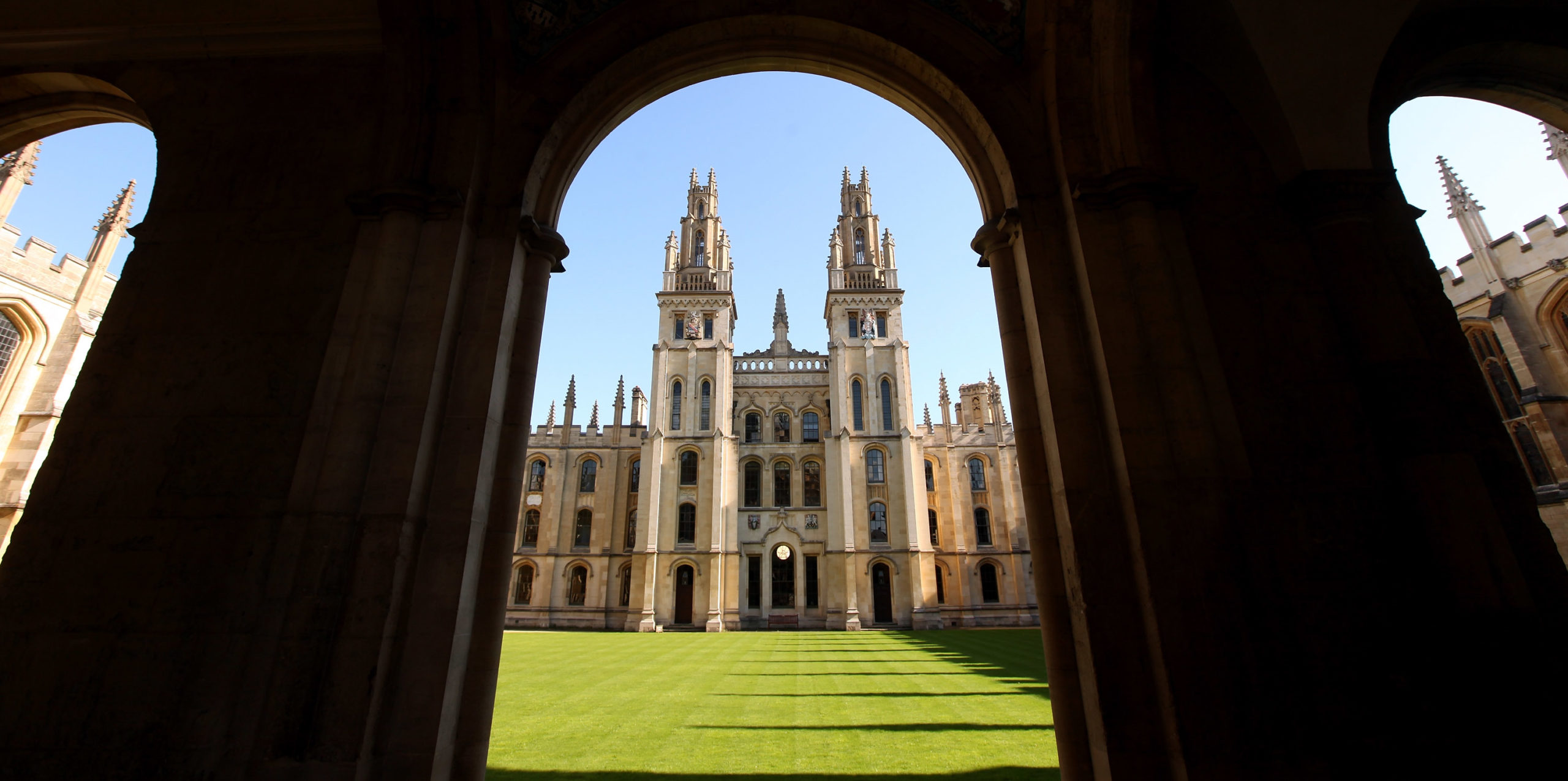 Hundreds of Oxford students condemn choice of 'transphobic' professors