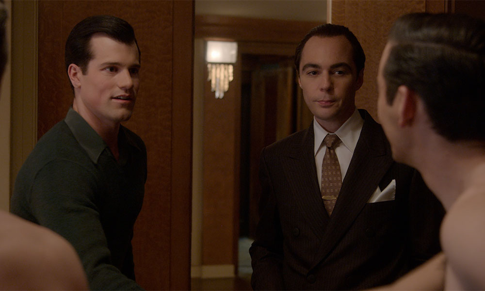Jake Picking plays Rock Hudson and Jim Parsons plays Henry Willson in Hollywood