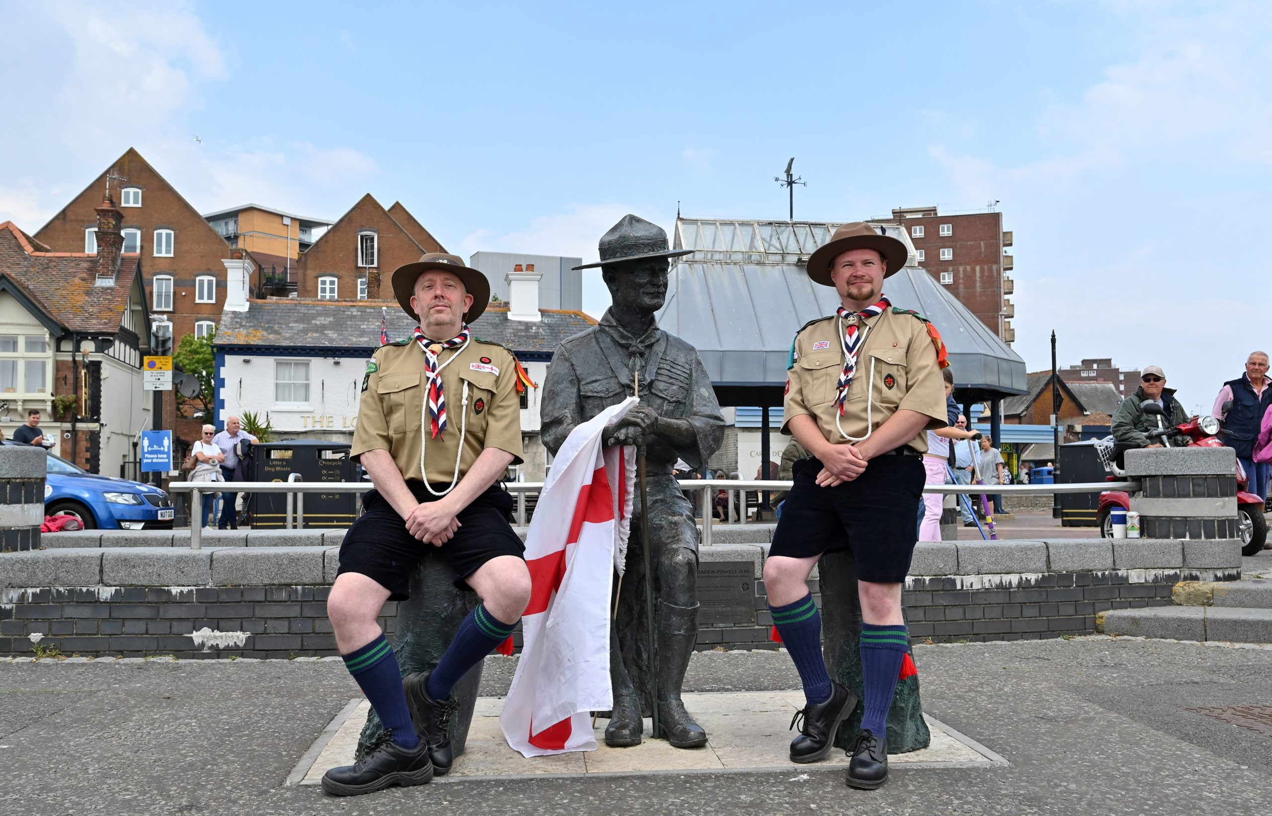 statue of Robert Baden-Powell