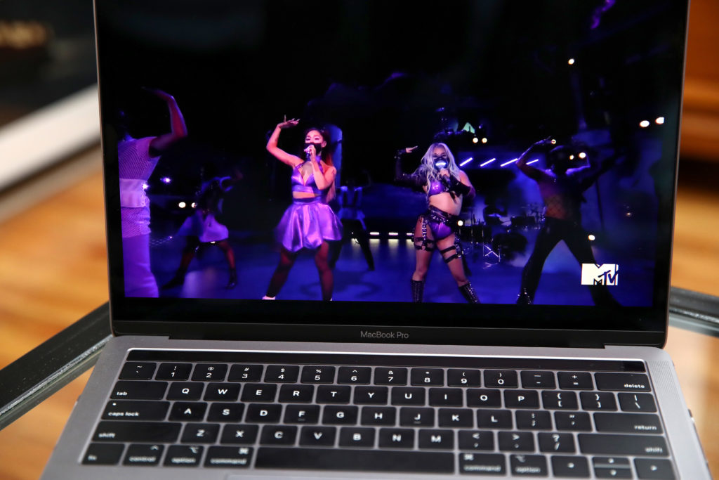 Pandemic pop queens Lady Gaga and Ariana Grande perform 'Rain On Me'. (Cindy Ord/Getty Images)