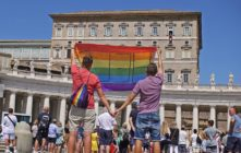 Polish gay couple travel to the vatican