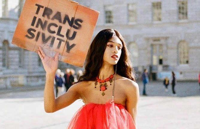 Elie Che: London's queer community holds beautiful vigil for trans icon