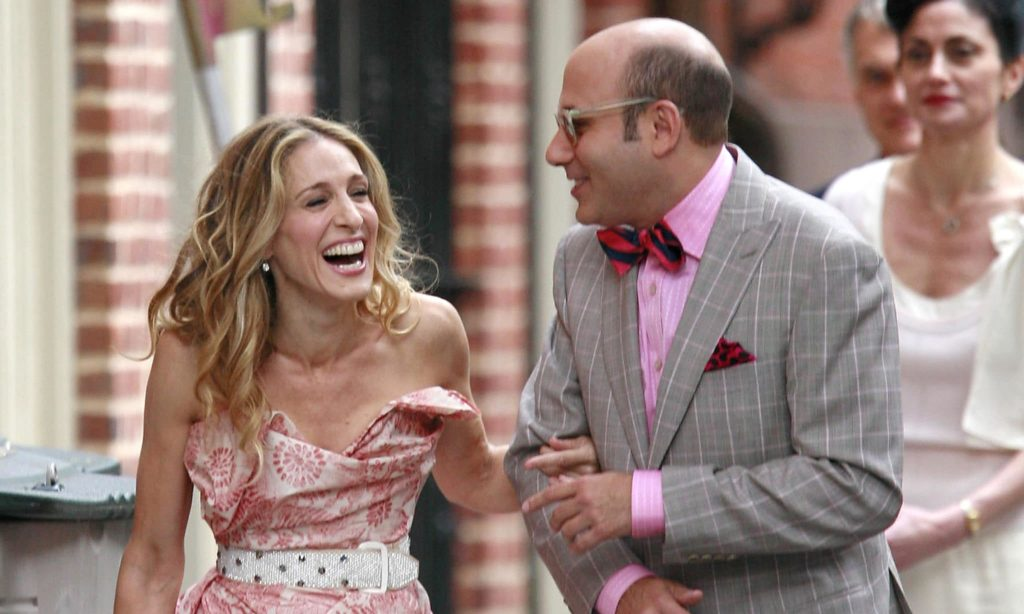Willie Garson and Sarah Jessica Parker filming Sex and the City.