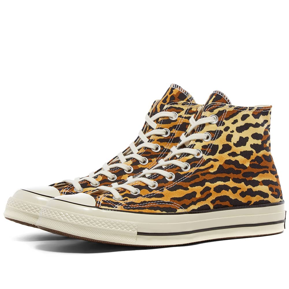 The leopard print Converse high-tops are included in the sale. (END.)